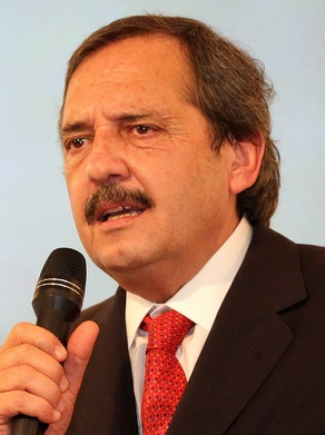 Alfonsín, el progresista que le hace «ole» a la grieta